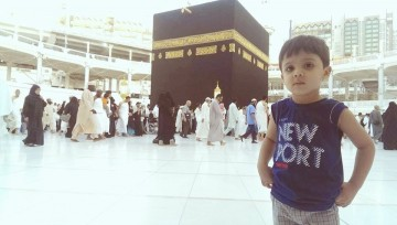 cute_and_beautiful_child_at_makkah_%282%29