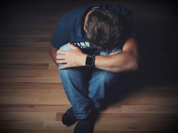8 Tanda Depresi atau Kemurungan. Adakah Anda Salah Seorang yang Memerlukan Bantuan dan Rawatan?